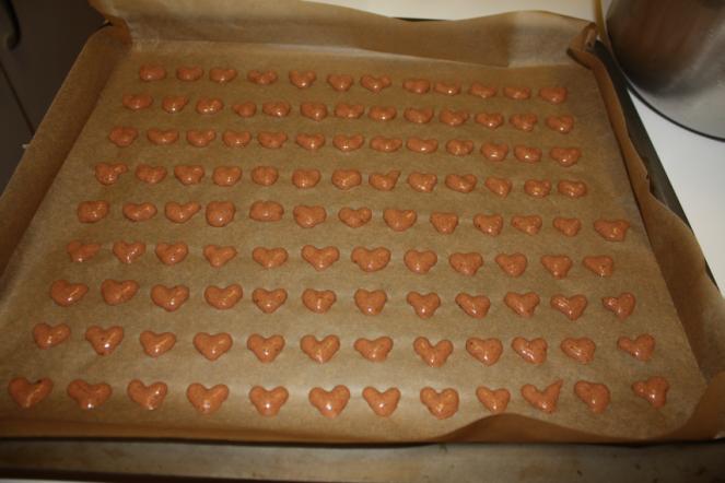 Herzen für Biskuitroulade Blech.png