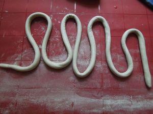 weihnachtsbaeumchen-ton-schlange