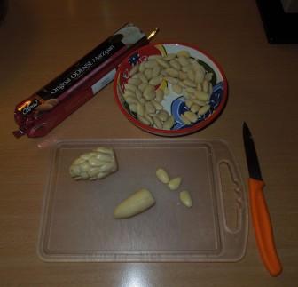 Tannenzapfen - Marzipan und Mandeln